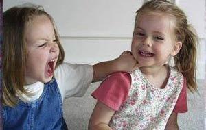 """۱۰ نکته درمورد کودکان """"بیش فعال"""""""