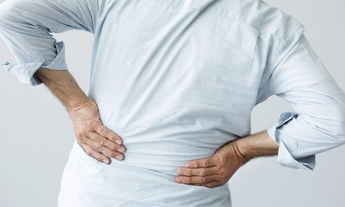 ۱۳ دلیل احساس درد در پهلوها