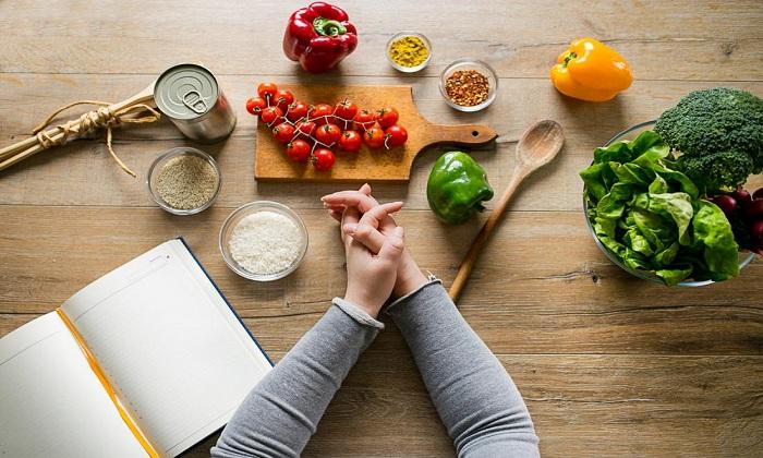 18 تغییر کوچک روزانه که به کاهش وزن کمک میکنند