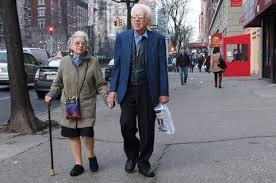 ۵ عادت افرادی که به سن صد سالگی رسیده اند