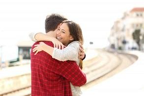 آغوش همسر و تاثیر روانشناختی آن بر فرد و کیفیت رابطه