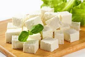 خوردن این مواد غذایی با پنیر ممنوع