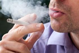 دخانیات عامل ۷۵ درصد بیماریهای ریوی