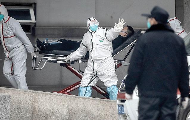 انتقال بیمار مبتلا به کرونا به بیمارستان