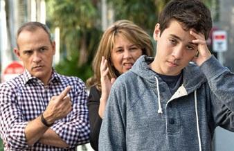 قاطعیت والدین در برخورد با فرزند
