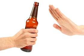 مصرف تفریحی نوشیدنیهای الکلی نیز مضر است
