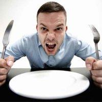 ناهار و شام خود را خورده اید و باز هم گرسنه اید چرا