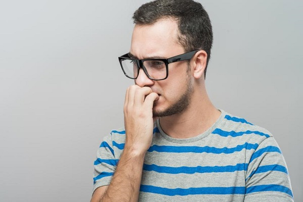 نکتههایی برای ترک عادت ناخن جویدن