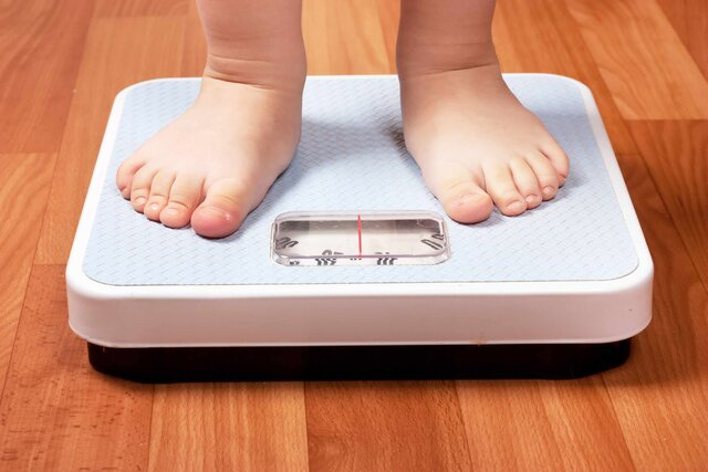 هشدار درباره چاقی و اضافه وزن کودکان و نوجوانان در دوران کرونا