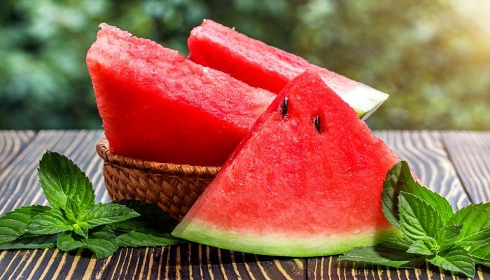 فواید و عوارض جانبی مصرف هندوانه