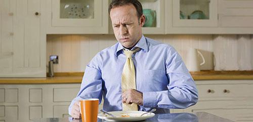 چرا بعد از خوردن غذا معده درد می گیرید