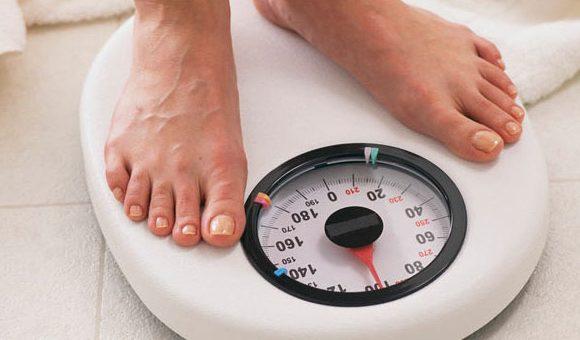 چرا وزن ثابت می ماند؟ | ۲۰ دلیل رایجی که نمی گذارد وزن کم کنید