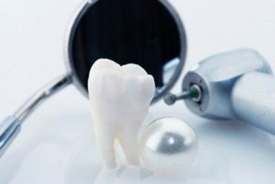 ۱۰ علت افتادن دندان ها