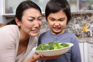 ۵ راه دوست داشتن غذاهایی که از آنها متنفرید