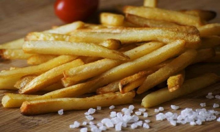 کاهش فشار خون با پرهیز از 5 خوراکی