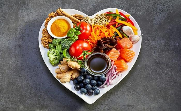 ۸ توصیه غذایی برای قلب سالم تر!