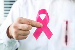 در مورد علائم سرطان سینه هوشیار باشید